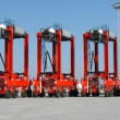 0straddle carriers