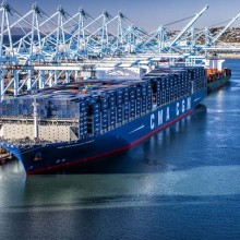 CMA CGM BENJAMIN FRANKLIN Copyright Port of LA 2 light